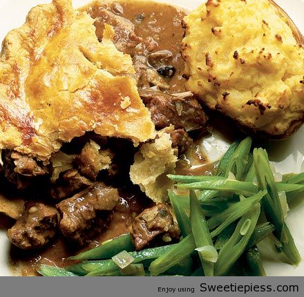 BEEF STEAK AND KIDNEY PIE By Miss Robbie